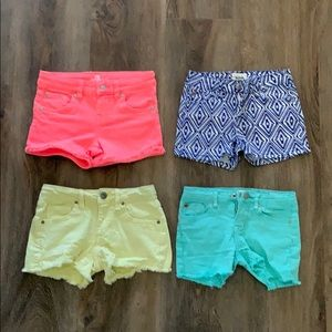 4 pairs of stretchy comfy denim shorts